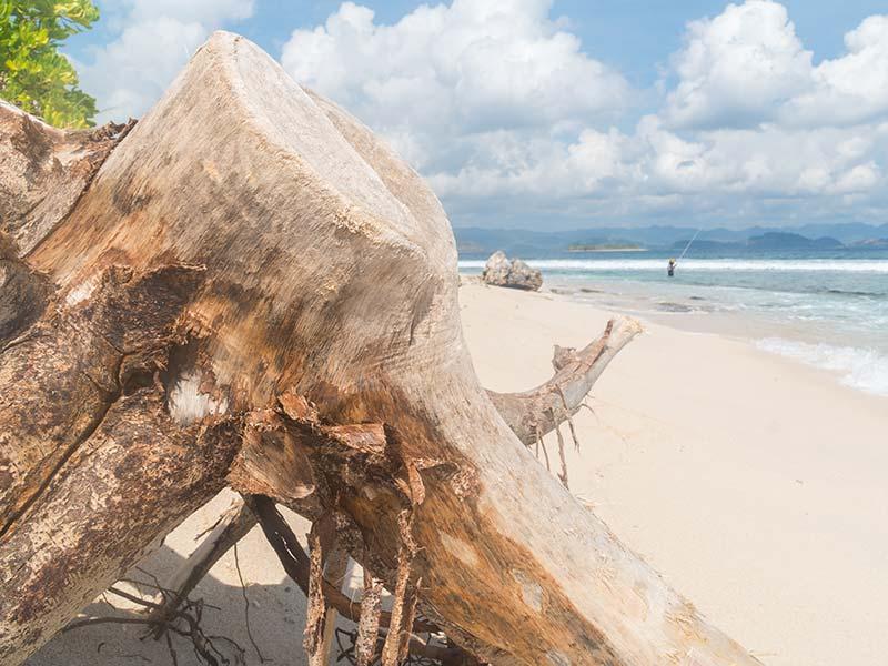 gili-indonesie-kaperen-op-een-eiland-11