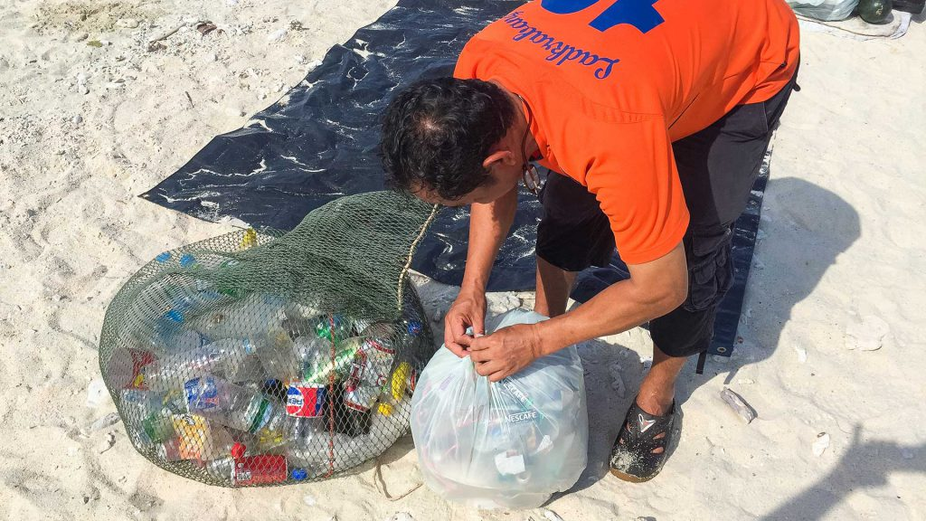 Beach cleanup Thailand