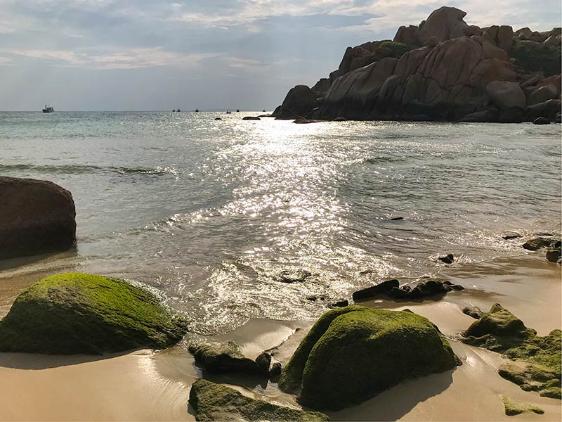 vietnam-camping-island-11