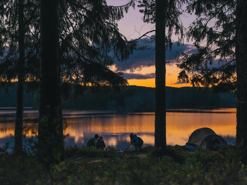 kano-kamperen-zweden-campfire-stories-10