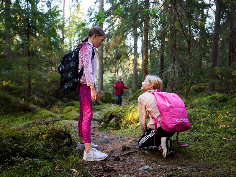 reg-vaestmanland-svanae-mormor-tjejer-skoknytning-1foto_roger_borgelid